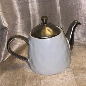 Nicole Miller home ceramic teapot